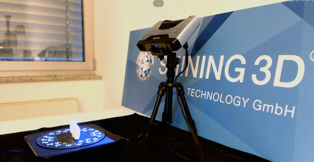 「設計・産業分野」3Dスキャンでリバースエンジニアリングによるリモコン壁掛け