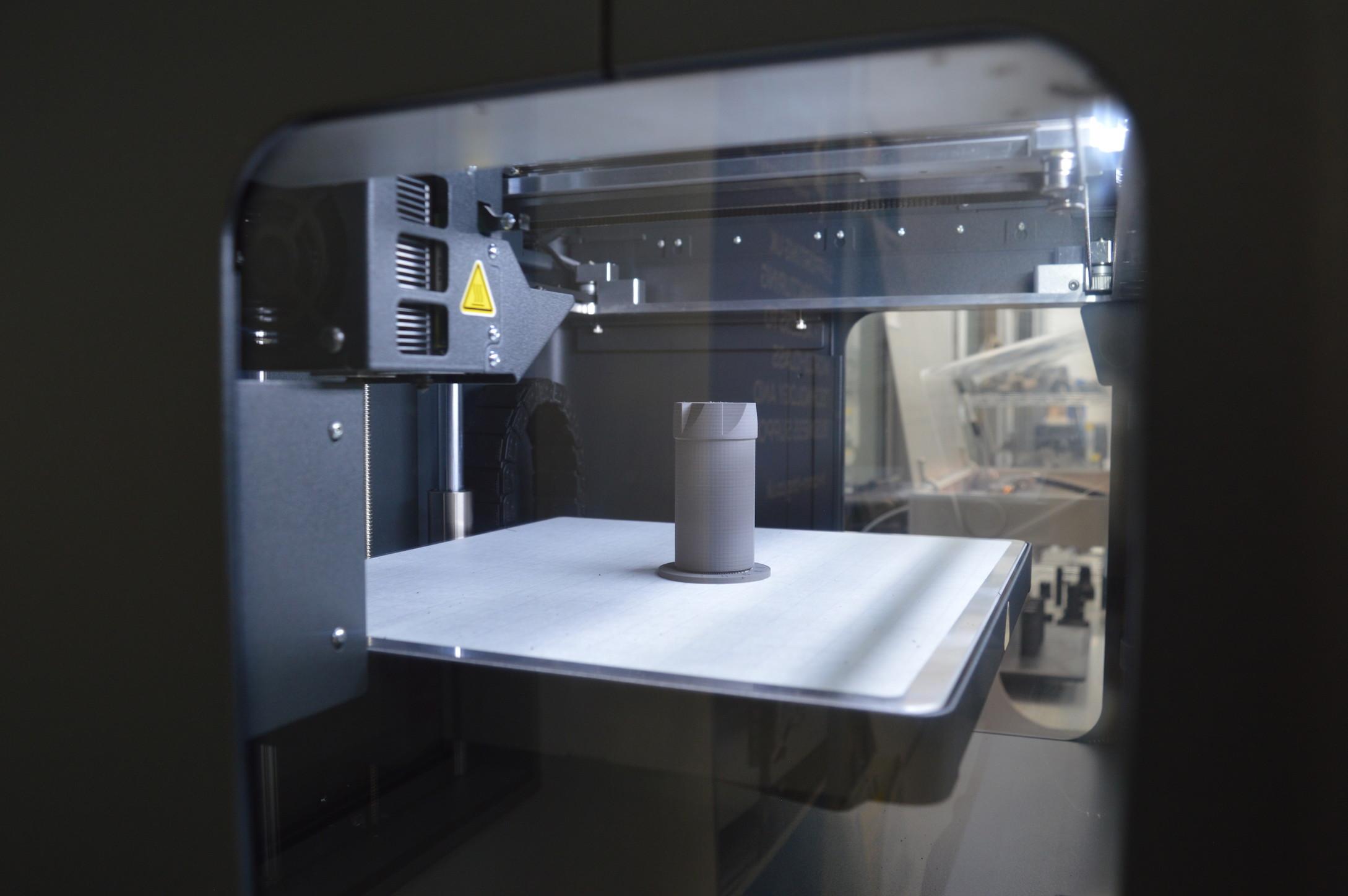 金属3DプリンターMetal Xで少量の特殊工具のプロトタイプを製造