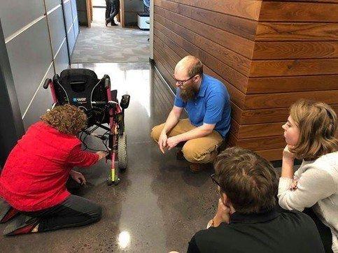 オニキス3Dプリンターで車いすを製作